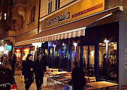 Pizzeria-Coccinella, Maxvorstadt, München, Holzofenpizza nähe Stiglmaierplatz, Königsplatz